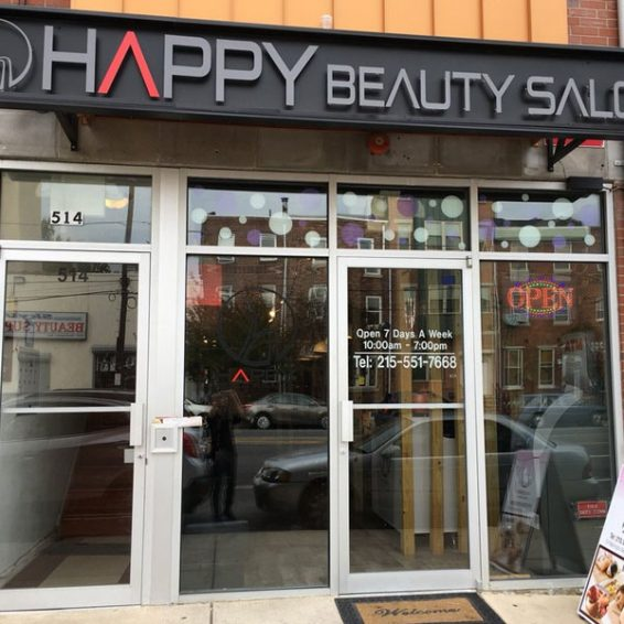 happy-beauty-salon